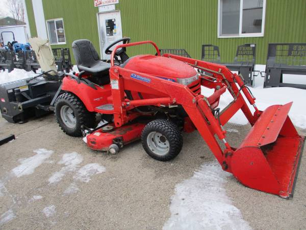 Photo Nice Simplicity Legacy XL27D Tractor, Loader, 4WD, Diesel - $10,750 (Burlington WI)