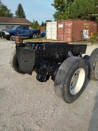 Photo Rear EndsSuspension from 1996 International Paystar 5000 Dump Truck - $2,000 (Sturtevant)