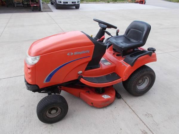 Photo Simplicity Lawn Tractor Broadmower 38quot - $1,000 (kenosha wi)