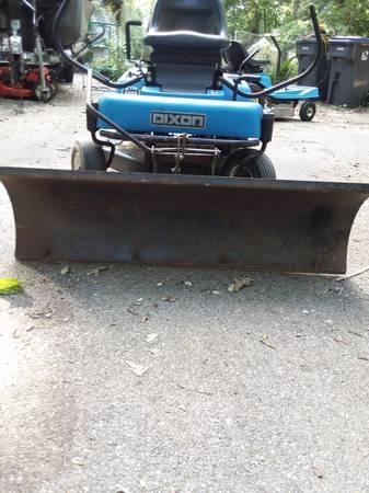 Photo With or Without Snowplow Zero Turn Dixon Lawnmower - $700 (MOUNT PLEASANT)