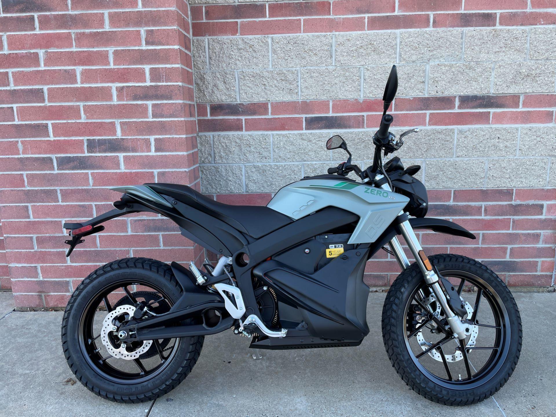 Photo Used 2021 Zero Motorcycles Standard Motorcycle