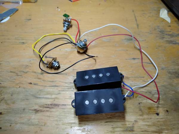 Photo squier p bass pickups wharness - $10 (antioch)