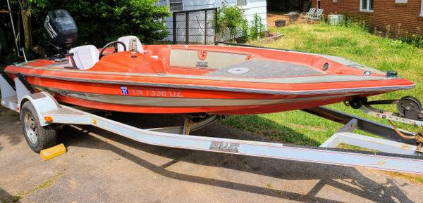 Photo 17 ft Bullet Fishing Bass Boat Trailer and Motor - $5,500 (Downtown Cary)