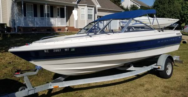 Photo 1998 Bayliner Capri 1950 Bowrider Boat - READY FOR THE WATER TODAY - $8,500 (Garner)