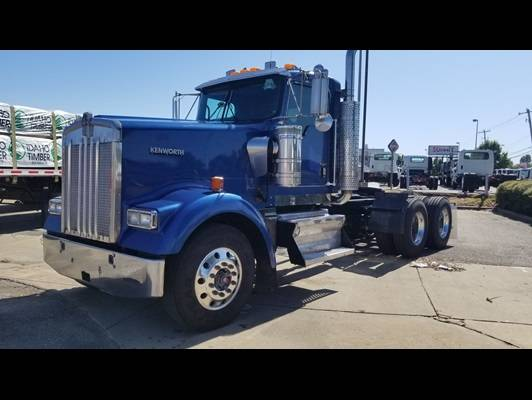 Photo 2006 Kenworth W900L - $49950 (Raleigh)