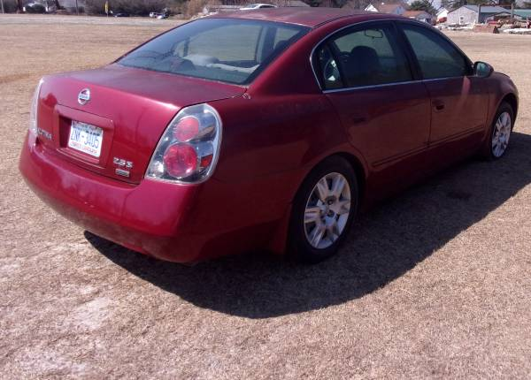 Photo 2006 Nissan Altima Parting Out (Willow Spring)