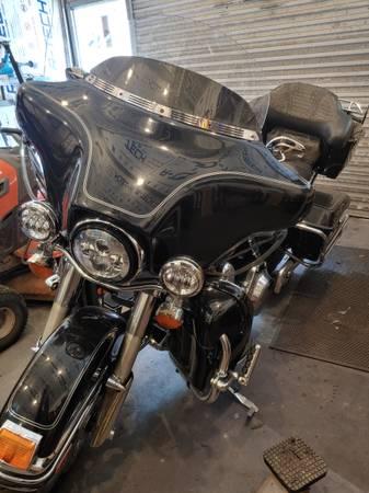 Photo 2009 Harley Davidson Electra Glide - $8,000 (Franklinton)