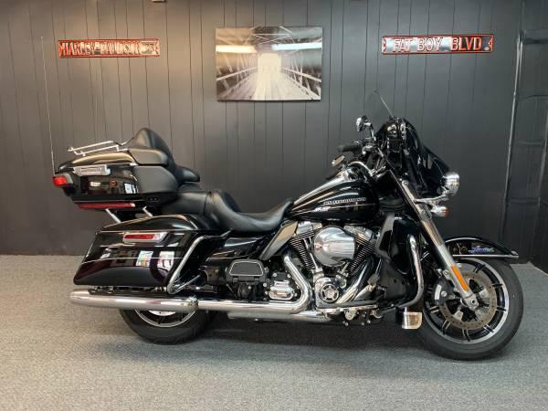 Photo 2014 Harley Davidson Ultra Classic Limited - $12,900 (Lexington SC)