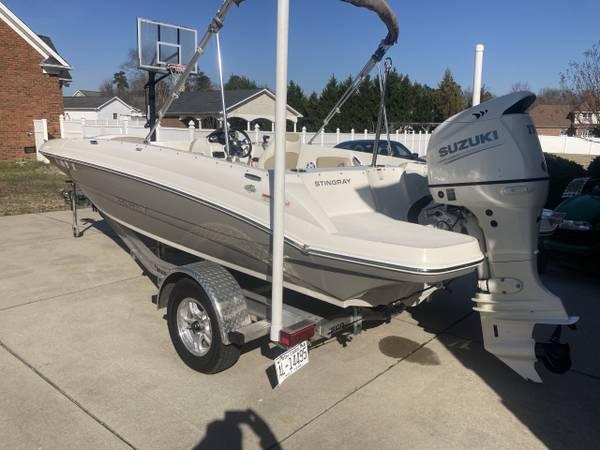 Photo 2019 Stingray Deck Boat - $33,000 (Dunn)