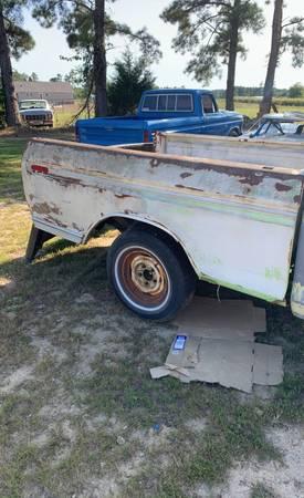 Photo 73 - 79 Ford short bed - $350 (Zebulon)