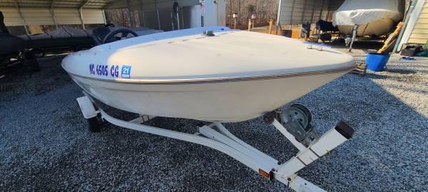 Photo Bayliner Capri 1401LS - $5,000 (New Hill)
