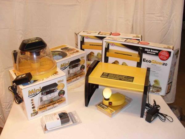 Photo Brinsea Mini Advance incubator - $75 (Durham)