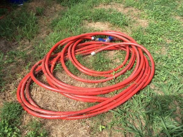 Photo Hot Water Hose 100 ft. x 58 in with Nozzle - $50 (Pittsboro)