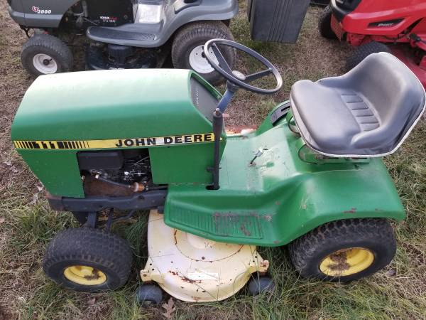 Photo John Deere 111 Project Riding Mower - $150 (Garner)