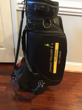 Photo Johnnie Walker Callaway Leather Golf Bag - $90 (Cary)