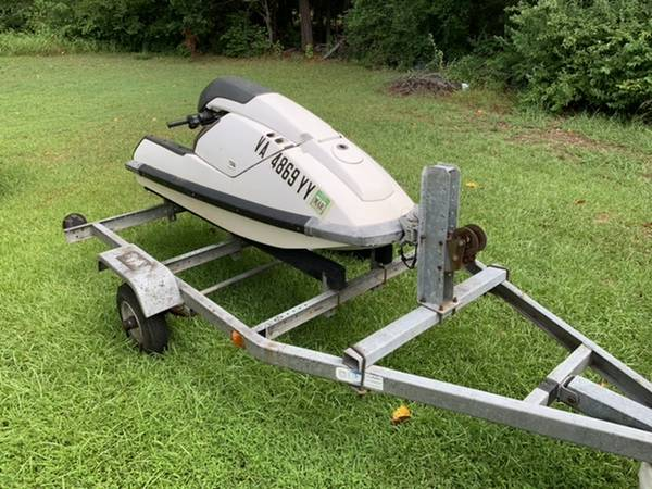 Photo Kawasaki 650sx stand up jet ski and trailer. - $1050 (Raleigh)