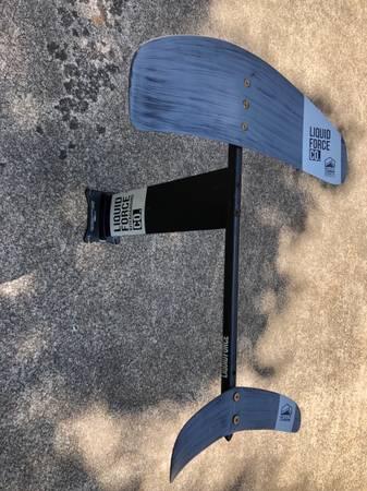 Photo Liquid force carbon 61 foil - $700 (N. Raleigh)