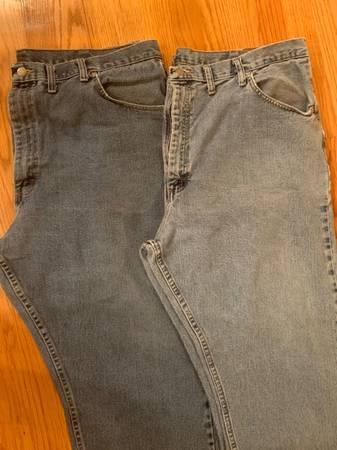 Photo Men39s Wrangler Jeans size 44 x 30 - 2 pairs - $12 (Raleigh near Garner)