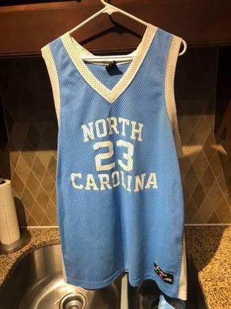 Photo Michael Jordan UNC Jersey XL (Men39s) - $49 (Cary)
