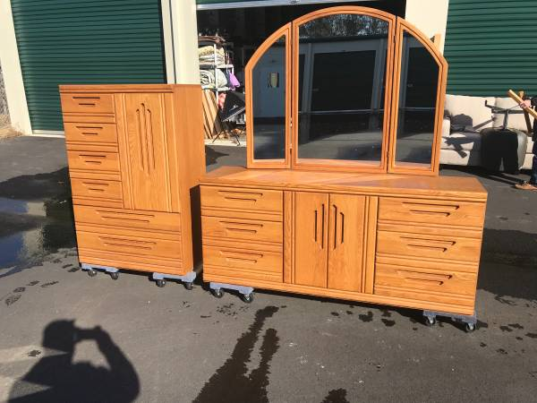 Oak Dresser And Armoire By Palliser Furniture 250 Holly