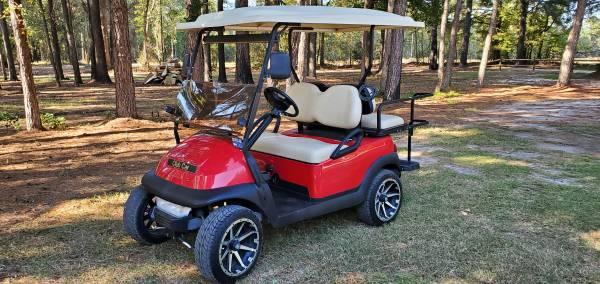 Photo Red club car 2015 model precedent golf cart street ready - $5,950 (Godwin)