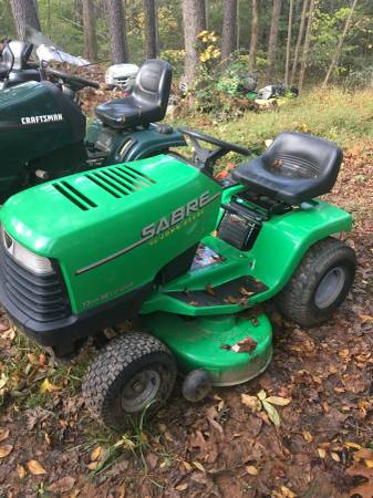 Photo SABRE RIDING MOWER by JOHN DEERE - $395 (WAKE FOREST)