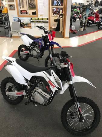 Photo SSR 150 Dirt Bike (Roxboro)