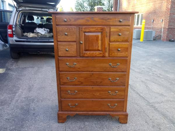 Photo Solid Oak Tall Chest - Lexington Furniture quotBob Timberlakequot Collection - $350 (Raleigh)