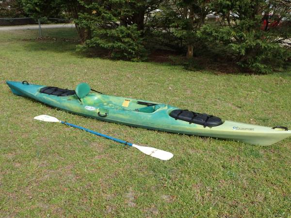 Photo Wilderness Systems Tarpon 160 Sit-on-Top Kayak W Paddle - Great Cond - $390 (Garner)