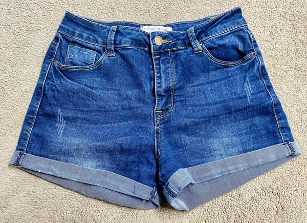 Photo Womens Girls Kids Jeans Mid-Rise Denim Jeans Shorts By Encore Size 9 - $10 (North Raleigh)