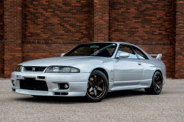 Photo 1995 Nissan Skyline GT-R Vspec R33 - $57,000 (Spearfish)
