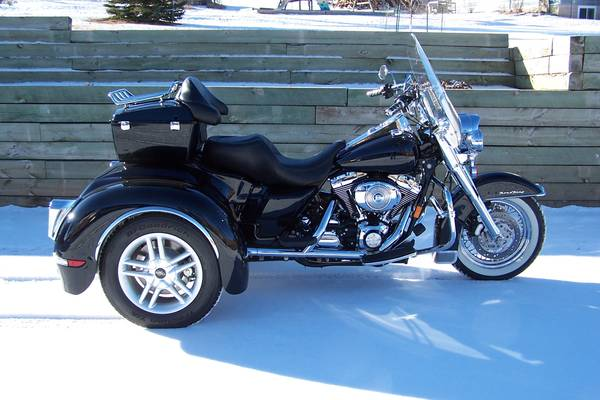 Photo 2006 Harley Classic Road King Trike with NEW CSC conversion - $22,995 (Rapid City, SD)