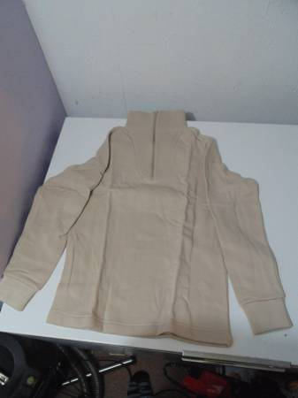 Photo 5$20 DESERT SAND Military Cold Weather Under-shirt POLY SMALL - $20 (RAPID CITY)