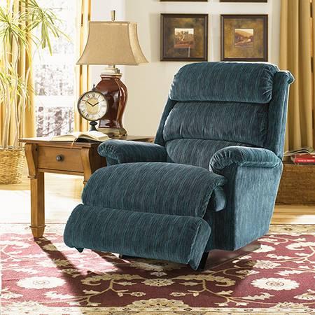 Photo ASTOR by LAZ-BOY chair - $675 (Rapid City, SD)