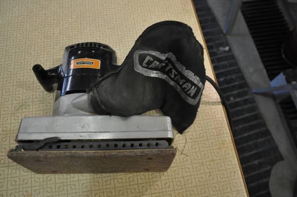Photo Craftsman Sander - $10 (Black Hawk)