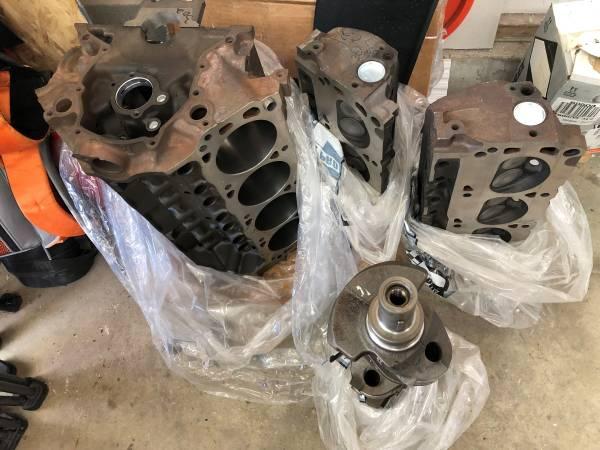 Photo Ford 302 engine - $2,200 (Gillette)