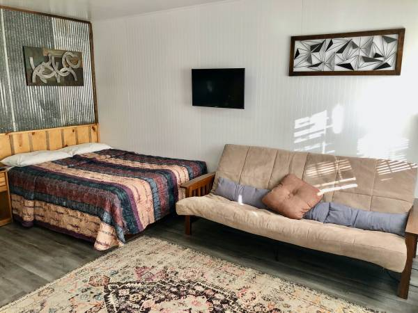 Photo Furnished Studio Apartment Available Now (Rapid City SD)