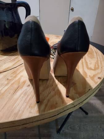 Photo Jessica Simpson High Heel Shoes - $35 (Rapid City)