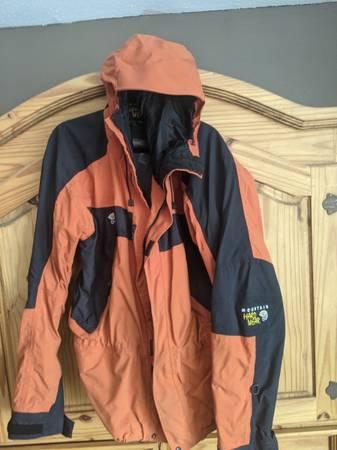 Photo Mountain Hardwear Columbia and Camo Men39s Jackets - $10 (Rapid)