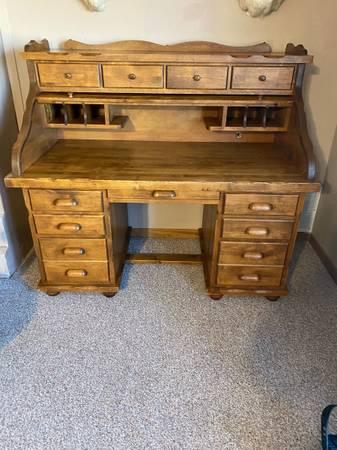 Photo Roll top Desk - $175 (Piedmont sd)