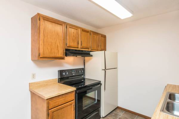 Photo Spacious 2 Bedroom Homes Stop in and apply today (Rapid City, SD)