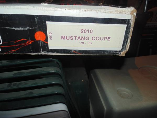 Photo mustang coupe 79-82 rear window hammond louvers 2010 part  - $60 (rapid city)