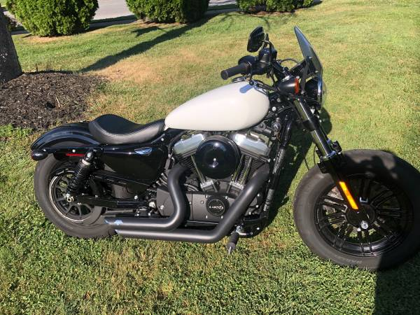 Photo 2018 Harley Davidson Sportster 48 XL1200 - $9,500 (Springfield)