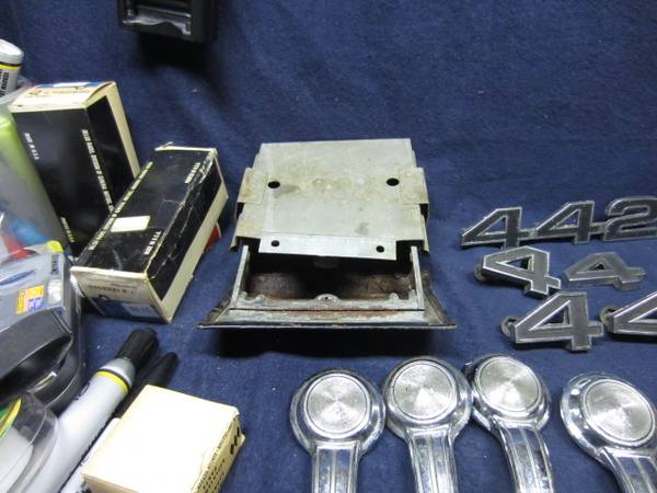 Photo 66 to 68 Cutlass door items and Miscellaneous parts - $50 (Parker Ford,PA 19457)