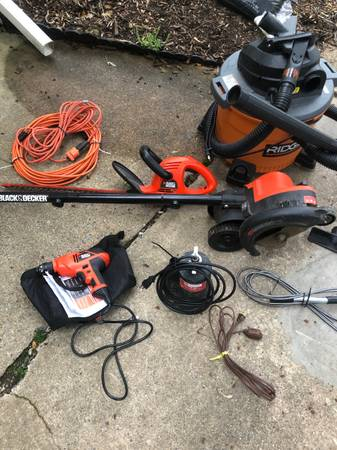 Photo Black and decker electric tools - $1 (Reading)