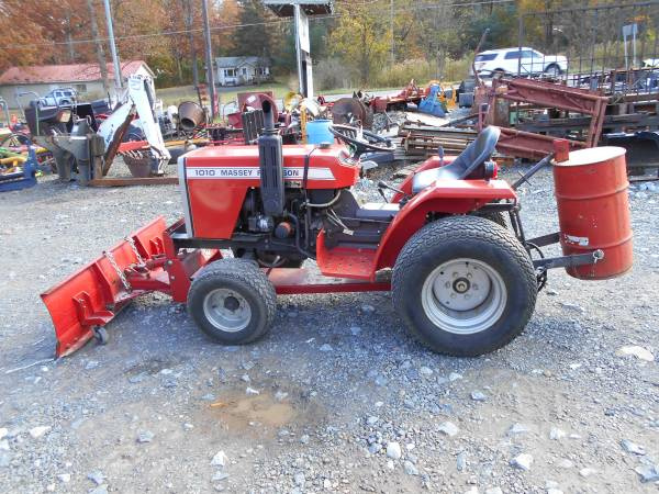 Photo Ford 3000 or JD 650 or Massey 1010 or Bolens Tractor w Plow Blade (Schuylkill Haven)