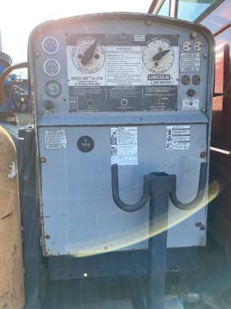 Photo Lincoln SA 250 Diesel Dc Arc Welder - $5000 (Birdsboro)