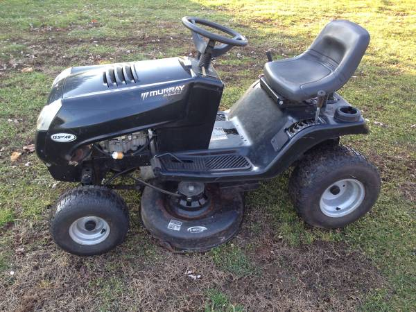 Photo Murray 13.5 HP Riding Mower - $115 (Bowmansville)