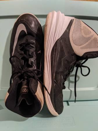 Photo Nike Jordan Prime Hype DF ll men39s 11.5 sneakers (black) - $20 (Sinking Spring)