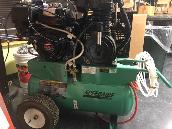 Photo PRICE SLASHED Like New Speedaire Portable Gas Air Compressor - $1200 (Exton)